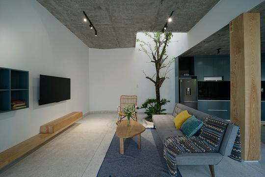Ngôi nhà vuông vắn trên mảnh đất 60 m2 bất cân xứng - Ảnh 4.