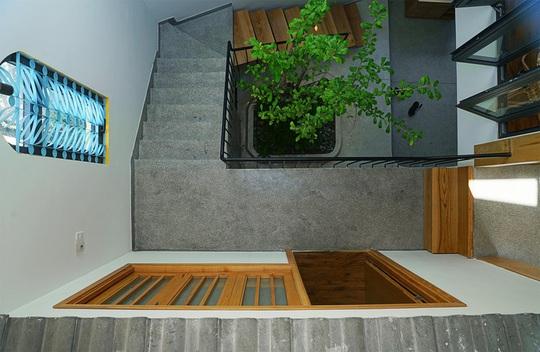 Ngôi nhà vuông vắn trên mảnh đất 60 m2 bất cân xứng - Ảnh 6.