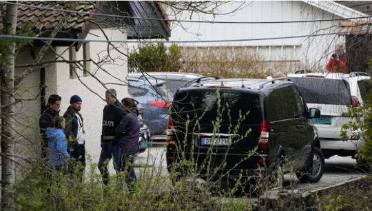 Tỉ phú Na Uy bị tóm trên đường đi làm vì tội giết vợ - Ảnh 2.