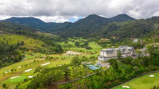 Vị trí mộng mơ, ảo huyền của sân golf SAM Tuyền Lâm - Ảnh 1.