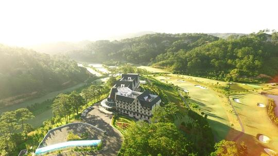 Vị trí mộng mơ, ảo huyền của sân golf SAM Tuyền Lâm - Ảnh 2.