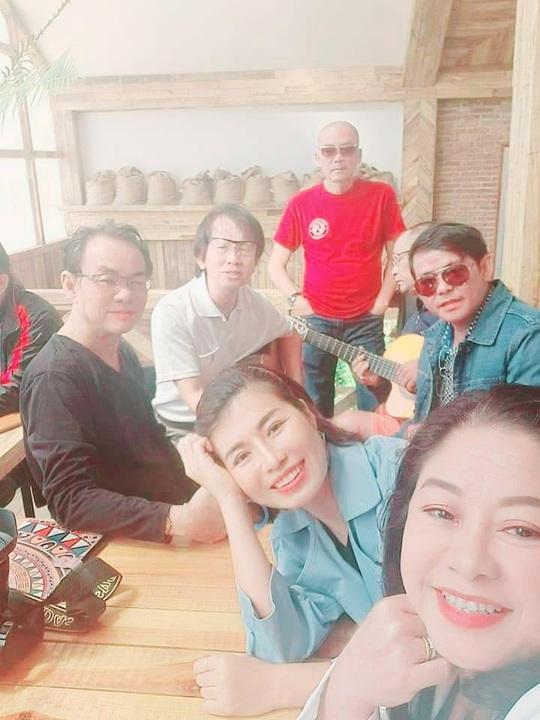 """MC - Ca sĩ Thi Thảo, NSƯT Lam Tuyền cùng lan tỏa thông điệp """"Sống vui sống khỏe"""" - Ảnh 9."""
