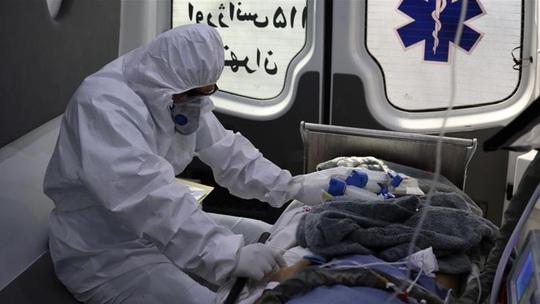 Uống methanol chữa Covid-19, 728 người thiệt mạng - Ảnh 1.