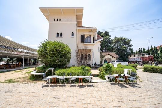 Những quán cà phê đẹp ở Đà Lạt cho bạn tận hưởng nghỉ lễ 30-4 - Ảnh 27.