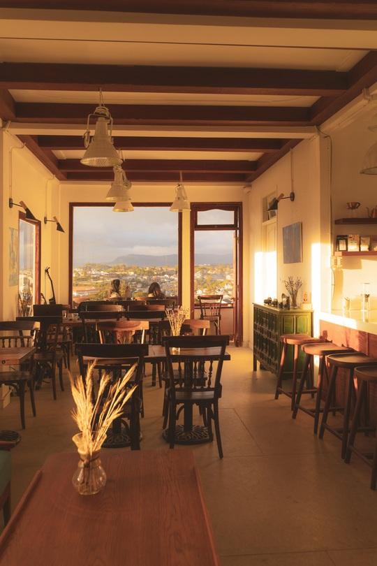 Những quán cà phê đẹp ở Đà Lạt cho bạn tận hưởng nghỉ lễ 30-4 - Ảnh 44.