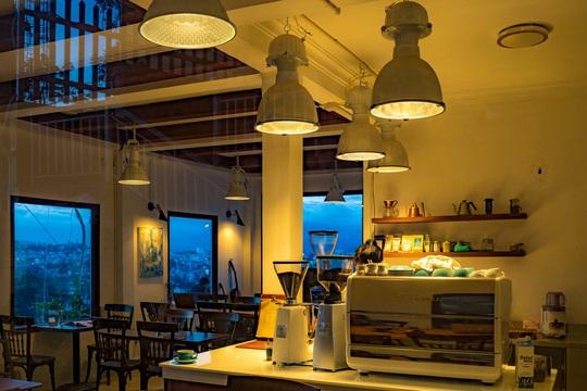 Những quán cà phê đẹp ở Đà Lạt cho bạn tận hưởng nghỉ lễ 30-4 - Ảnh 49.