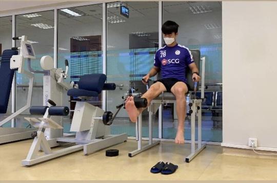 Sau Xuân Trường, Huy Hùng, đến lượt Duy Mạnh bắt đầu tập hồi phục ở lò PVF - Ảnh 2.