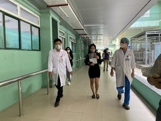 Thêm 4 bệnh nhân Covid-19 ở Đà Nẵng, Tây Ninh và Cần Thơ xuất viện - Ảnh 2.
