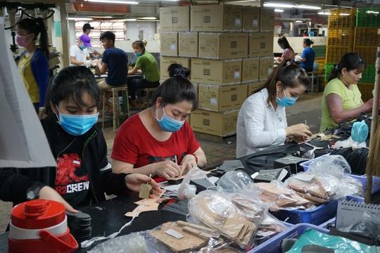 Doanh nghiệp cho thuê lại lao động sai quy định bị phạt đến 100 triệu đồng - Ảnh 1.