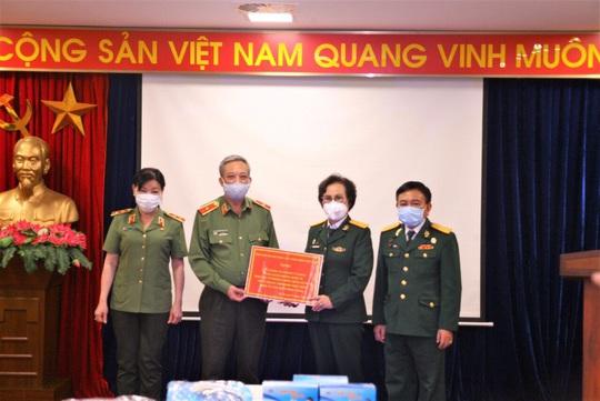 Hiệp hội Doanh nhân Cựu chiến binh Việt Nam đồng hành cùng cả nước chống dịch Covid-19 - Ảnh 2.
