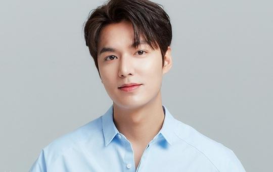 Phong độ Lee Min Ho tuổi 33 - Ảnh 1.