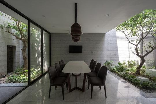 Nhà thiết kế với nhiều khu vườn nhỏ bên trong - Ảnh 5.