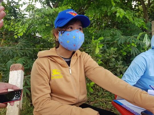 Quảng Nam truy tìm thanh niên tát nữ cán bộ chốt kiểm dịch Covid-19 - Ảnh 3.