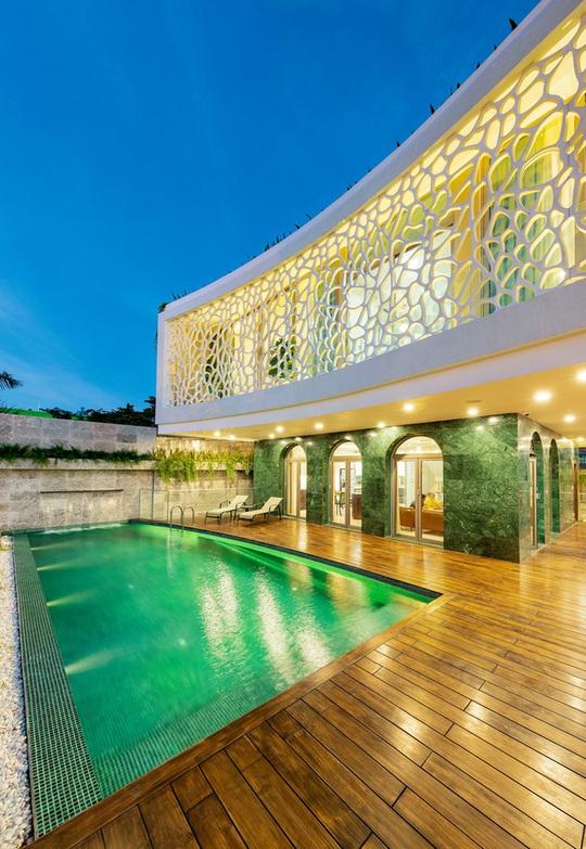 Căn biệt thự lấy cảm hứng thiết kế từ những rặng san hô - Ảnh 2.