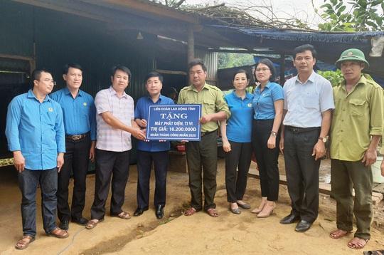 LĐLĐ Quảng Bình: Hỗ trợ máy phát điện cho 2 trạm bảo vệ rừng 3 không ở vùng sâu - Ảnh 3.