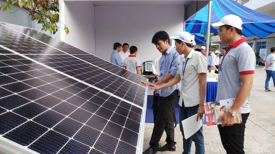 EVNSPC kêu gọi phát triển điện mặt trời áp mái - Ảnh 2.