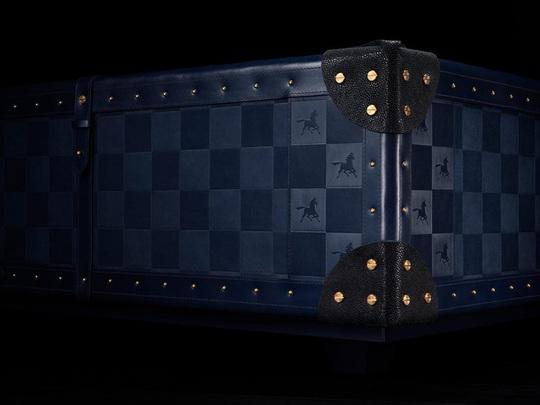 Nhà thiết kế giường 400.000 USD và biệt thự 100 triệu USD - Ảnh 7.