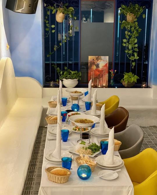 Nhà hàng Baltic thu hút thực khách sau mùa dịch Covid 19 - Ảnh 6.