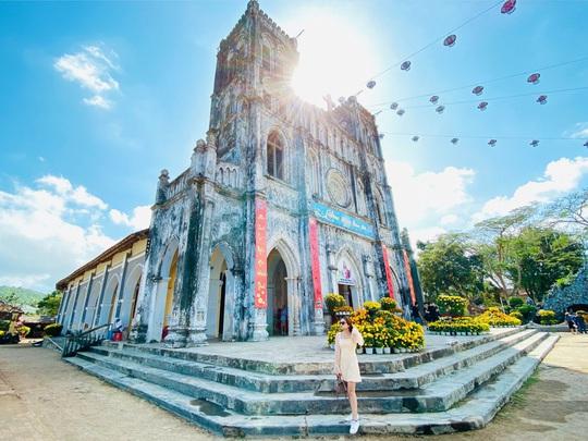 Sống ảo ở những điểm lạ mà quen khi vi vu Phú Yên, Quy Nhơn - Ảnh 3.