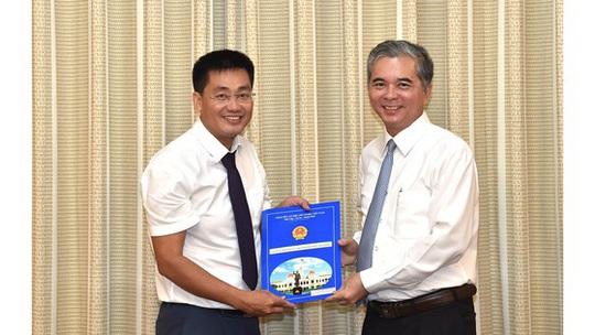UBND TP HCM bổ nhiệm nhân sự lãnh đạo Thanh tra TP - Ảnh 1.