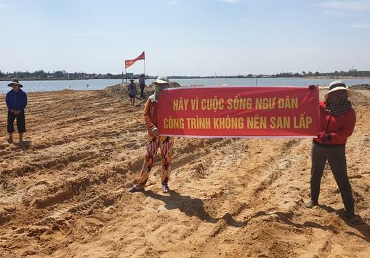 Quảng Nam: Người dân phản ứng dự án lấp vịnh An Hòa - Ảnh 4.
