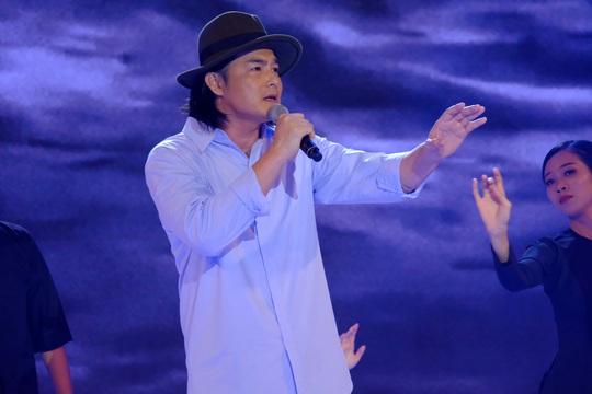 Diễn viên Quách Ngọc Ngoan nhận cơn mưa lời khen khi đi hát - Ảnh 2.