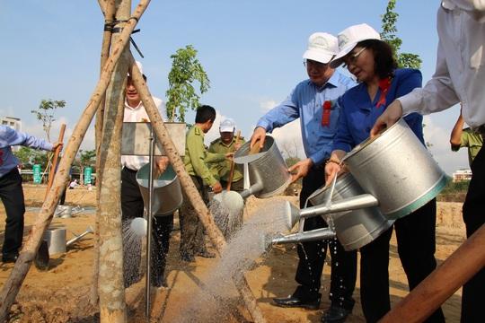 TP HCM phát động Tết trồng cây nhớ ơn Bác Hồ - Ảnh 3.