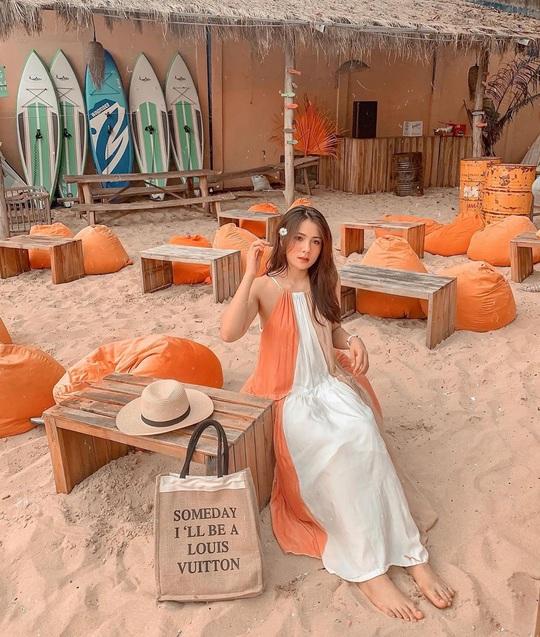 Ngắm hoàng hôn tại những quán cà phê view đẹp ở Phú Quốc - Ảnh 2.