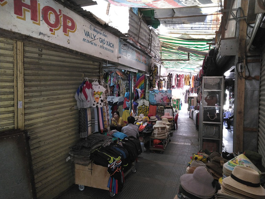 Tiểu thương chợ Đầm Nha Trang đồng loạt nghỉ bán - Ảnh 3.