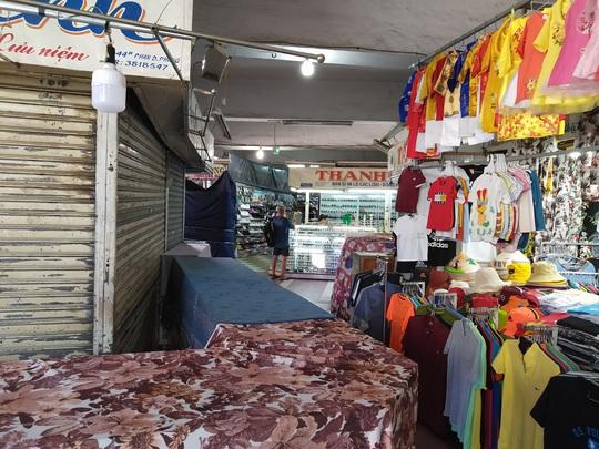 Tiểu thương chợ Đầm Nha Trang đồng loạt nghỉ bán - Ảnh 5.