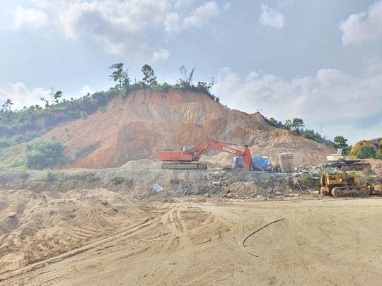 CLIP: Toàn cảnh tượng đài 14 tỉ đồng ở huyện nghèo miền núi Quảng Nam - Ảnh 3.