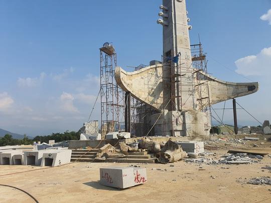 CLIP: Toàn cảnh tượng đài 14 tỉ đồng ở huyện nghèo miền núi Quảng Nam - Ảnh 7.