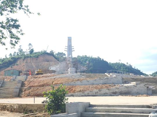 CLIP: Toàn cảnh tượng đài 14 tỉ đồng ở huyện nghèo miền núi Quảng Nam - Ảnh 11.