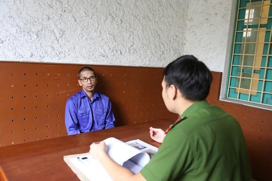 Nhóm người Trung Quốc móc nối với người Việt dùng thẻ ngân hàng giả rút 300.000 USD - Ảnh 4.