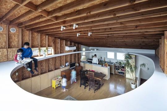 Căn nhà có hai trần - Ảnh 2.