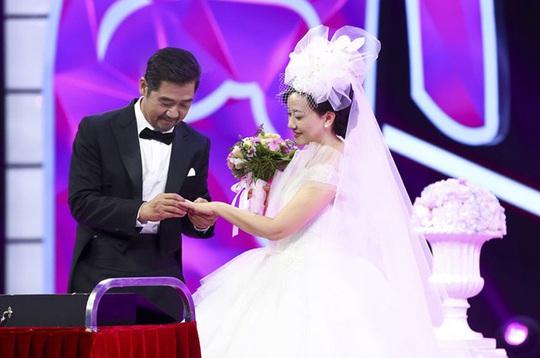 Hôn nhân 31 năm của diễn viên Tể tướng Lưu Gù - Ảnh 3.