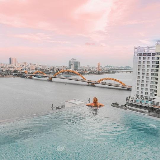 4 hồ bơi vô cực ở Đà Nẵng lên hình sang chảnh - Ảnh 7.