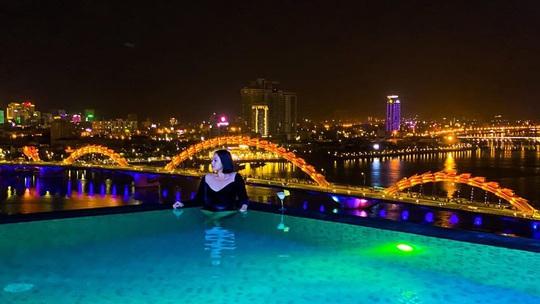 4 hồ bơi vô cực ở Đà Nẵng lên hình sang chảnh - Ảnh 8.