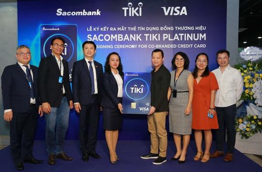 Hoàn tiền 15% cho chủ thẻ đồng thương hiệu Sacombank Tiki Platinum - Ảnh 1.