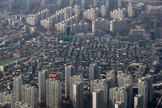 Nhà giàu Trung Quốc tranh thủ mua bất động sản nước ngoài - Ảnh 1.