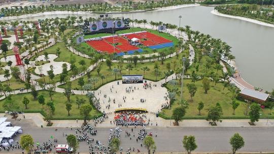Vinhomes Grand Park ra quân, tái khởi động thị trường bất động sản TP HCM - Ảnh 2.