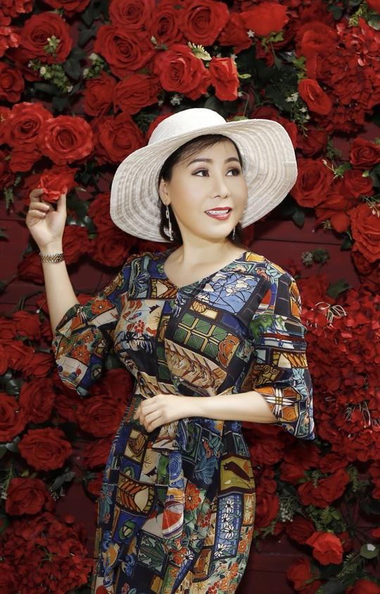 Nữ hoàng doanh nhân Kim Chi chia sẻ bí quyết đẹp mãi với thời gian. - Ảnh 1.