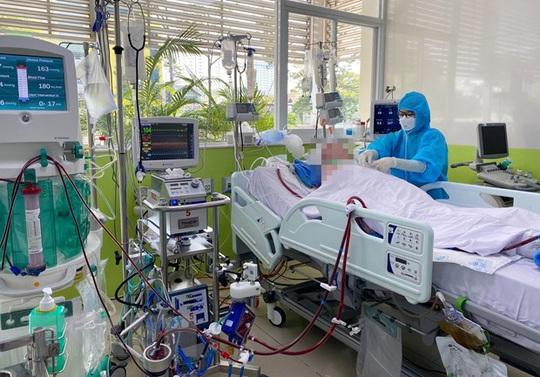 Bộ Y tế thông tin diễn biến tích cực về sức khoẻ nam phi công mắc Covid-19 - Ảnh 3.