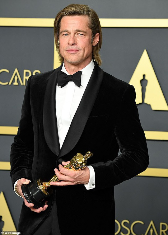 Brad Pitt tụ hội Pax Thiên và các con - Ảnh 3.