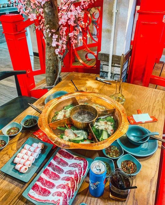 Lẩu khô Nhật và 3 món lẩu lạ vị không thể bỏ qua ở Đà Lạt - Ảnh 6.