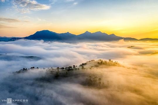 Sương giăng phố núi - Ảnh 11.