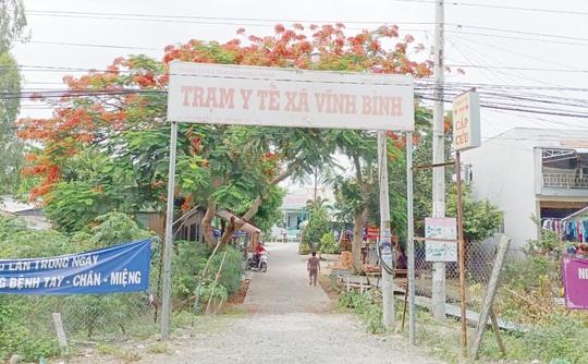 63 người bị cách ly vì 2 học sinh từ Campuchia trốn về An Giang nhập học - Ảnh 1.