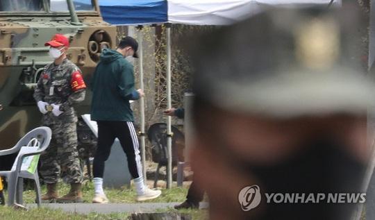 Son Heung-min tòng chinh, lộ hình ảnh siêu chiến binh thời 4.0 - Ảnh 3.