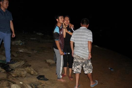 Vụ lật thuyền ở Quảng Nam: Người nhà khóc cạn nước mắt - Ảnh 23.