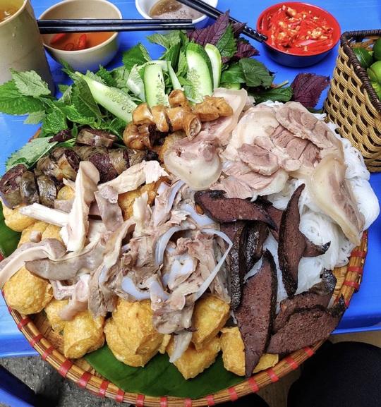 Bún nem nướng và loạt bún nguội trứ danh ở Việt Nam - Ảnh 6.